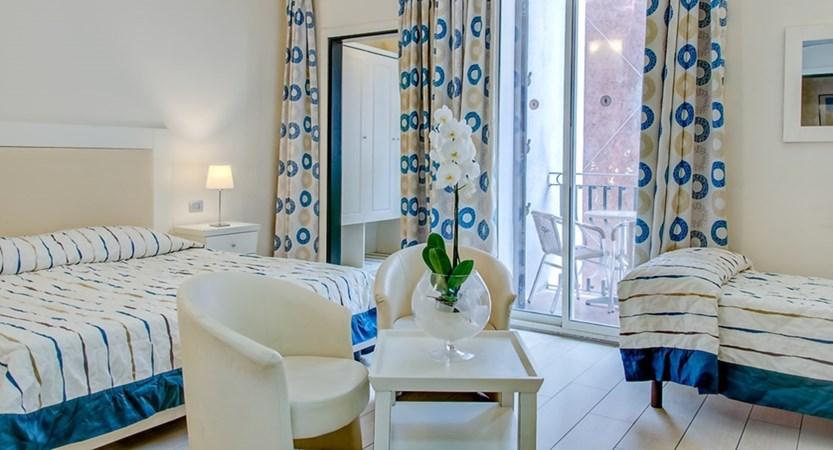Hotel-Ariston-Balcony-Triple.jpg