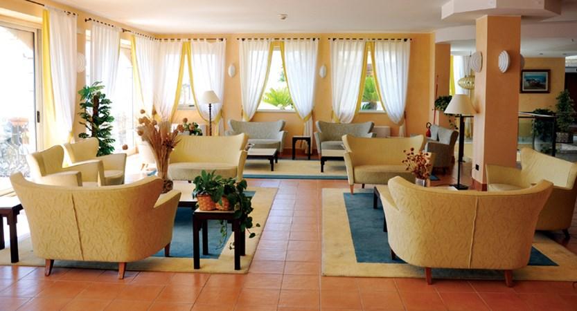 Hotel-Ariston-Lounge.jpg