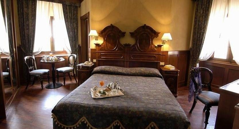 Hotel-Foresteria-Baglio-della-Luna-Deluxe-Room.JPG