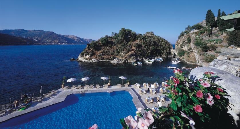 Hotel-Atlantis-Bay-Pool.JPG
