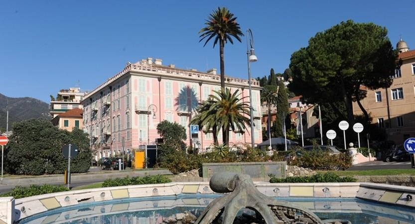 Europa-Rapallo-Exterior.JPG