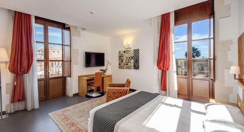 Grande-Albergo-Alfeo-Double-Room.jpg
