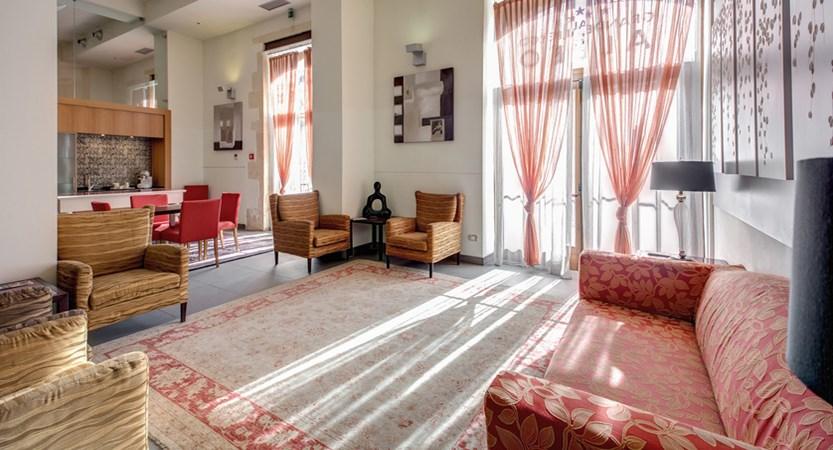 Grande-Albergo-Alfeo-Lounge.jpg