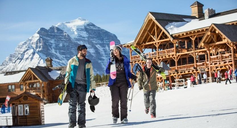 Ski_Snowboard_Lake_Louise_2016_Noel_Hendrickson_8_Horizontal.jpg (1)