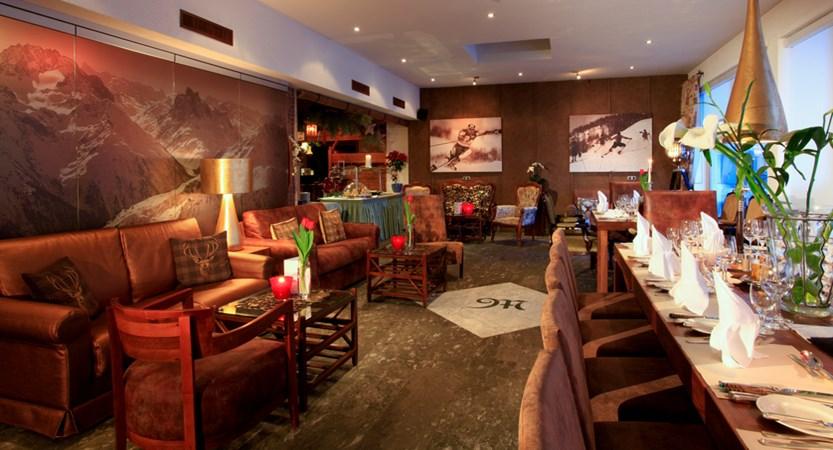 Lounge - festive meal.jpg