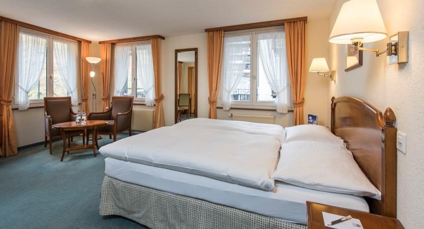 Doppelzimmer Komfort 2_Sunstar Hotel Saas-Fee_Original_7497.jpg