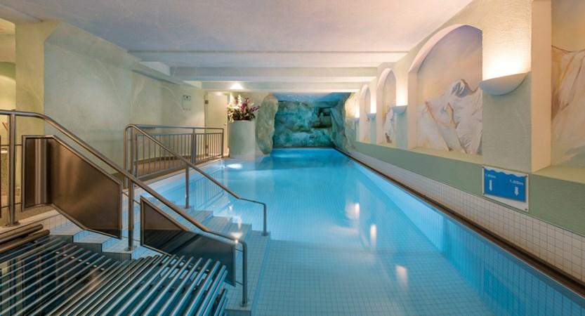 Hallenbad 2_Sunstar Hotel Saas-Fee Schweiz_Original_7558.jpg