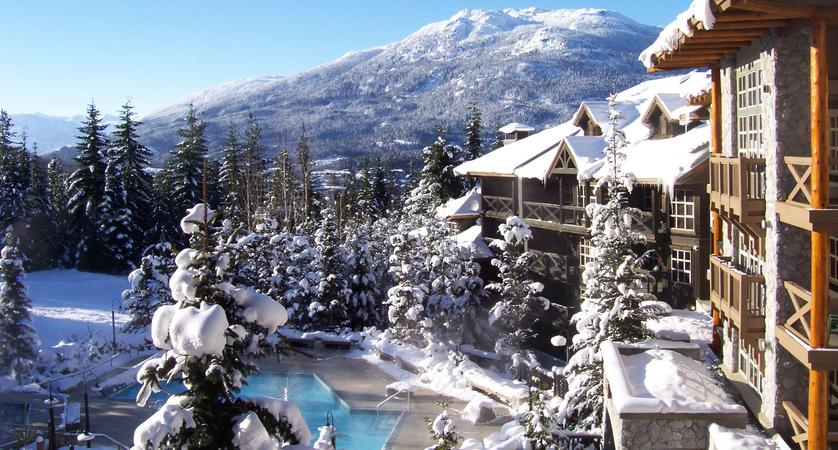 Blackcomb-Springs-Winter-Slopeside-Views (1).jpg