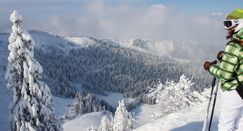 Morzine skiing.jpg