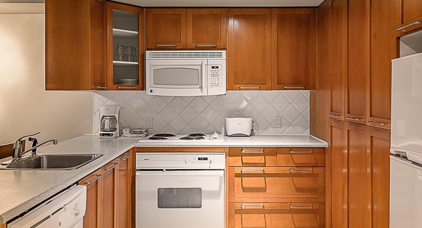 WP301_GW_kitchen deluxe studio.jpg