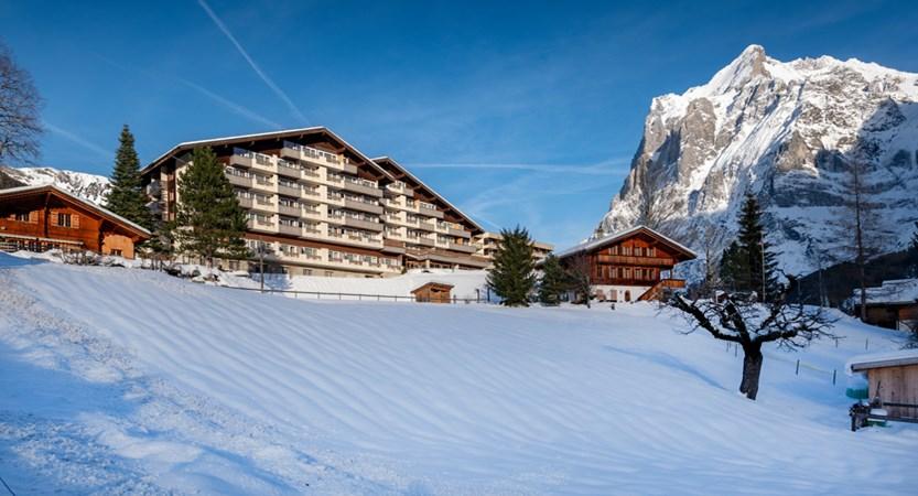 sunstar-hotel-grindelwald-winter-aussenansicht-02.jpg