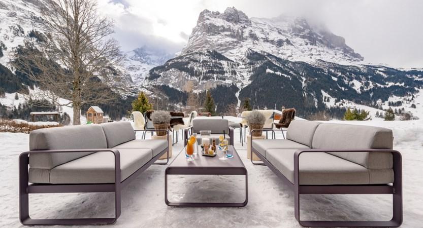 sunstar-hotel-grindelwald-winter-outdoor-lounge-eiger-01.jpg