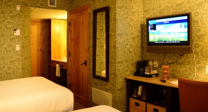 212_Standard_Hotel_Room_2_Doubles.jpg