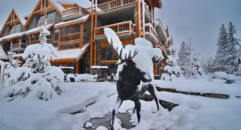105_Moose_Hotel_and_Suites.JPG