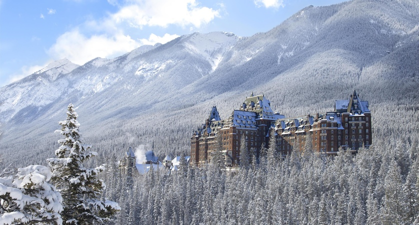 Banff_Springs_Winter_492526_high.jpg