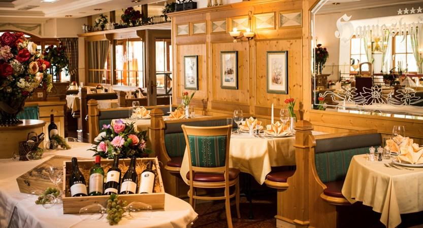 HH-restaurant2-0025.jpg