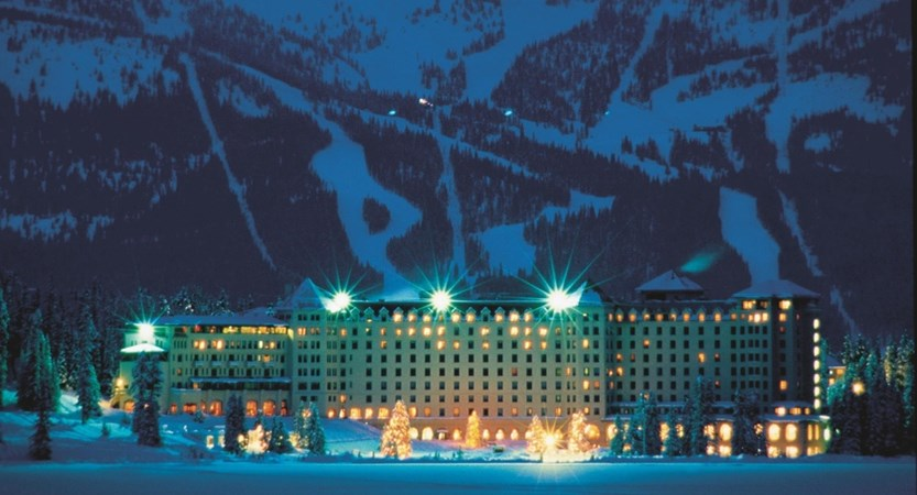 Hotel_At_Night_With_Ski_Hill_In_Background_478215_high.jpg