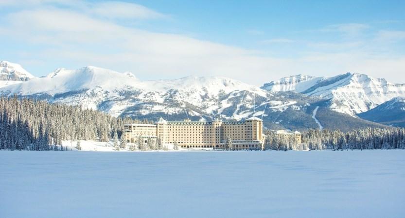Fairmont_Chateau_Lake_Louise_Winter_1024717_high.jpg