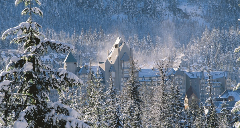Chateau_Whistler_Winter_478603_high.jpg