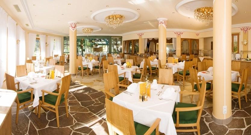MAY_4529_Strass restaurant.JPG