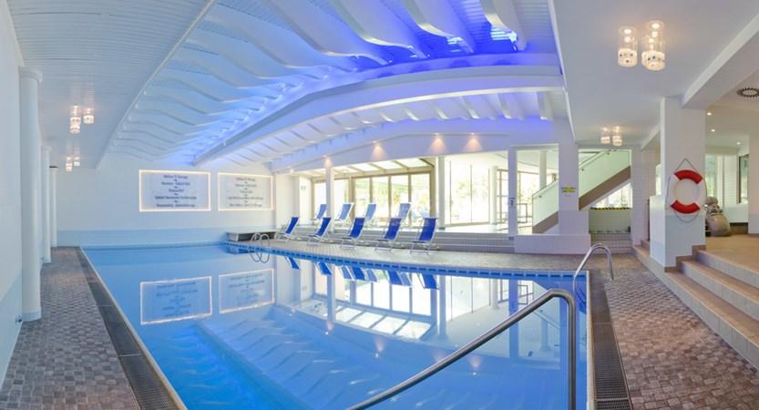 schwimmbad-Kopie.jpg