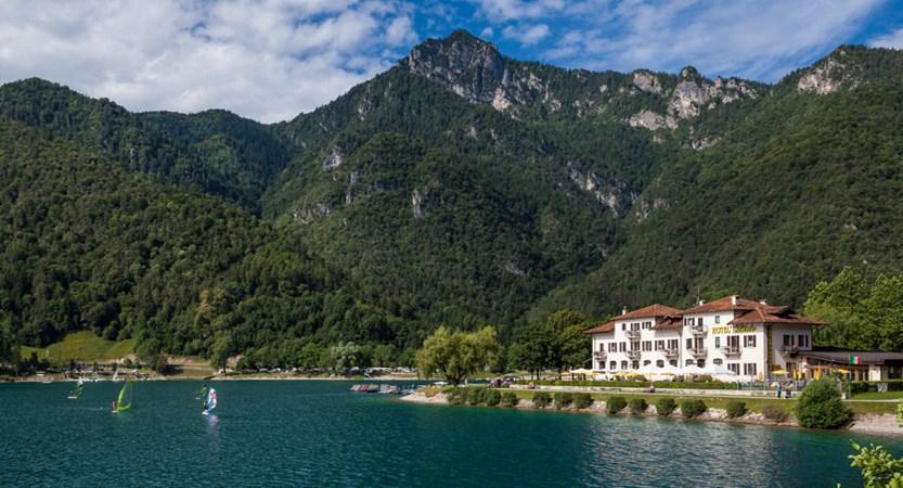 Hotel Lido Mountains.jpg