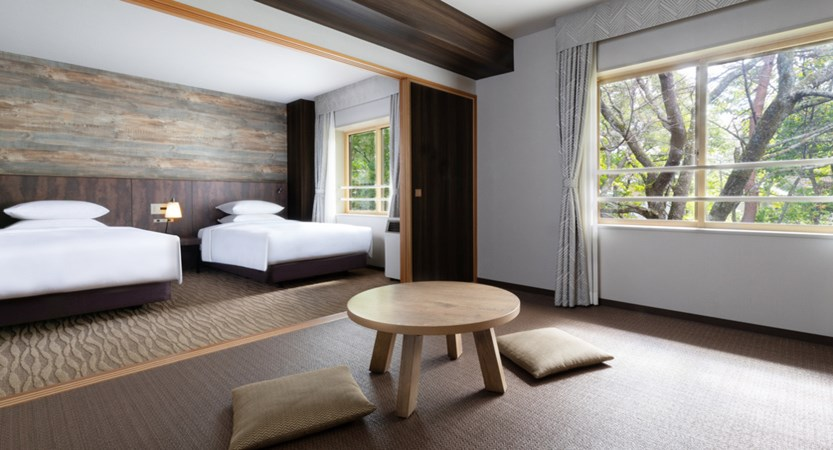 Courtyard by Marriott Hakuba.deluxroom.jpg