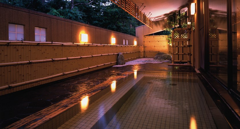 Courtyard by Marriott Hakuba.openairbath.jpg