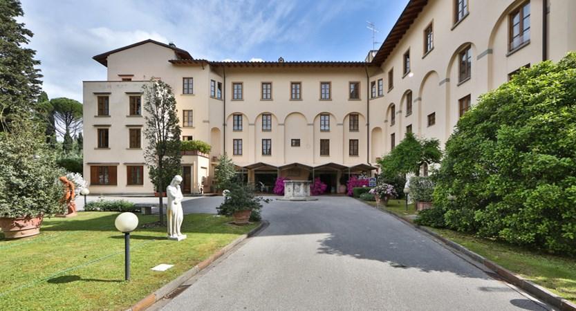 Hotel_D'Annunzio_Outside.JPG