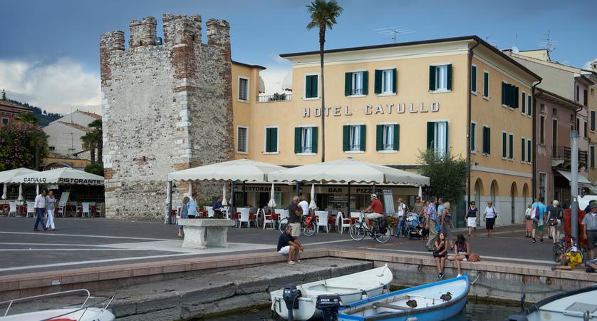 Catullo Hotel, Bardolino, Lake Garda, Italy - Exterior.jpg