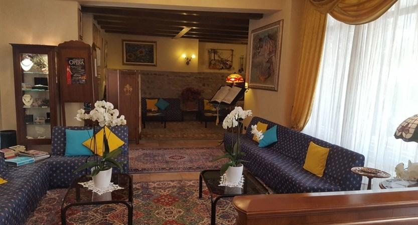 Catullo Hotel, Bardolino, Lake Garda, Italy - Lounge.jpg