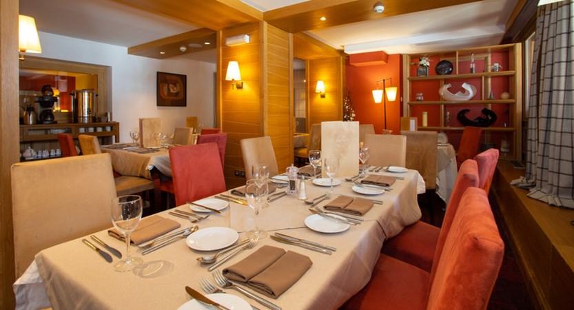 Savoie dining_0.jpg
