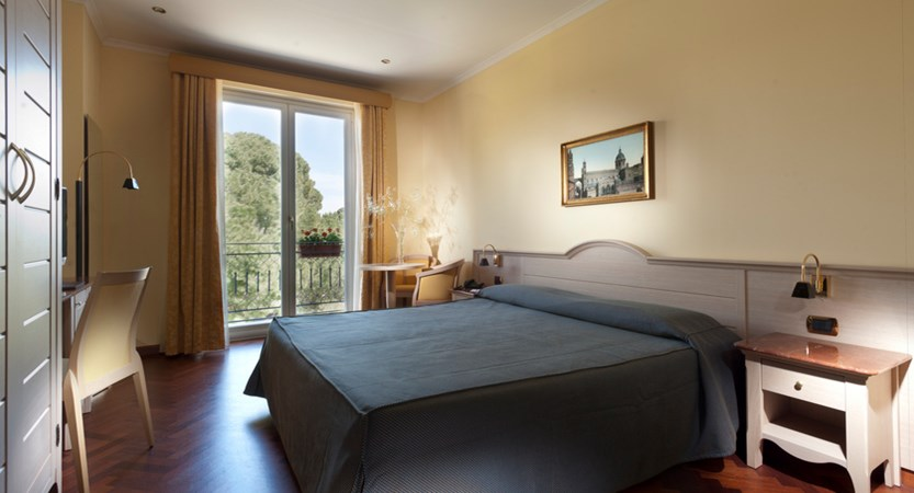 Palermo_Hotel_Giardinio_Inglese_Room_double.JPG