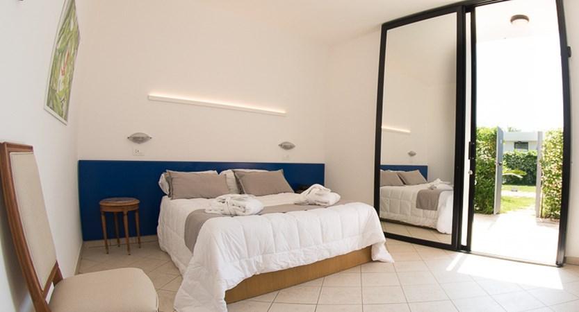 Masseria_Santa_Lucia_Room.JPG