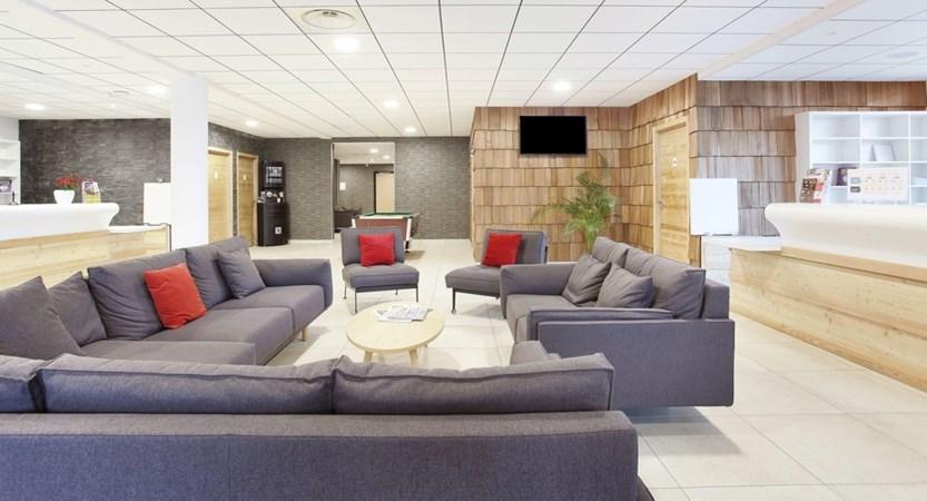 5_2435_tmpCB9C_location-ski-la-clusaz-hotel-prestige-odalys-le-chamois-7.JPG