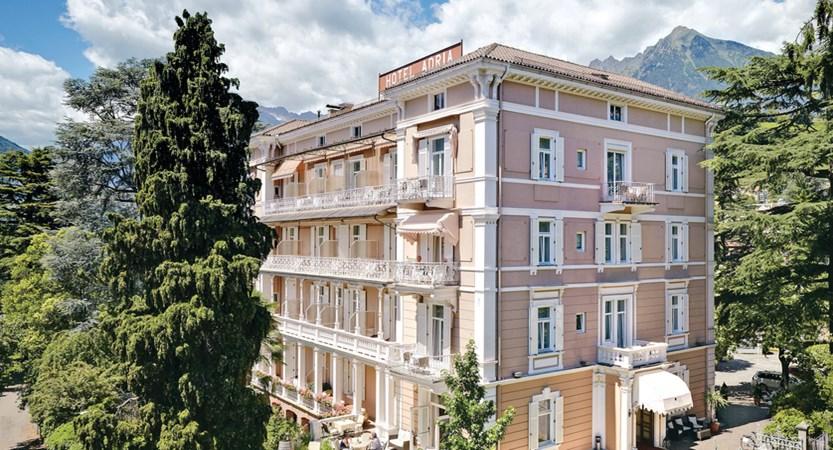 Hotel Adria, Exterior