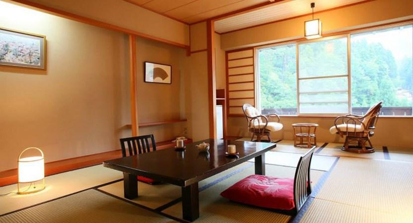 nozawagrand_room.jpg