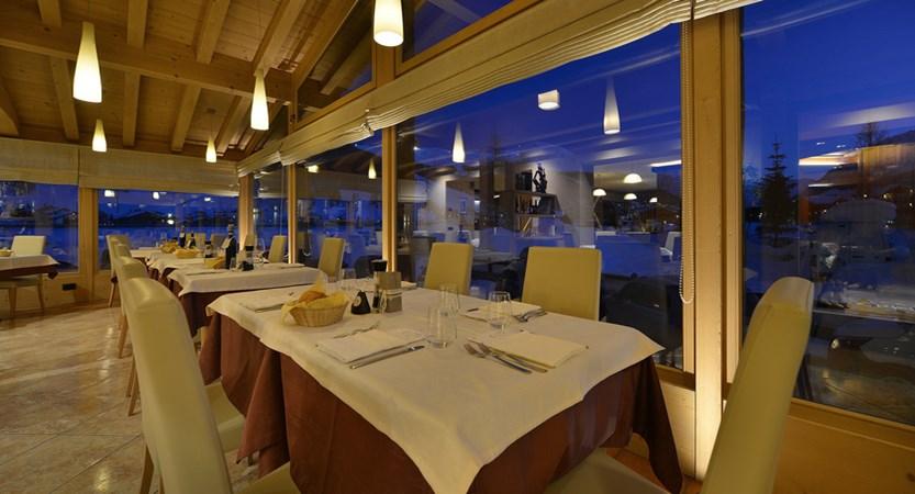 Hotel Lanz, Dining Room 2.jpg