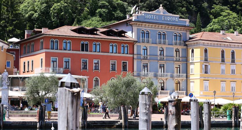Hotel Europa, Exterior