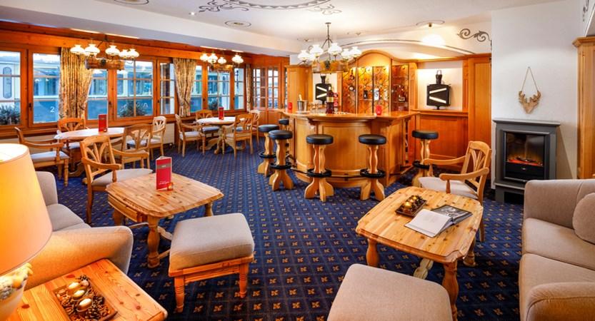 Hotel_Derby_Grindelwald_Bar_2019_HotelFotograf.ch_03.jpg
