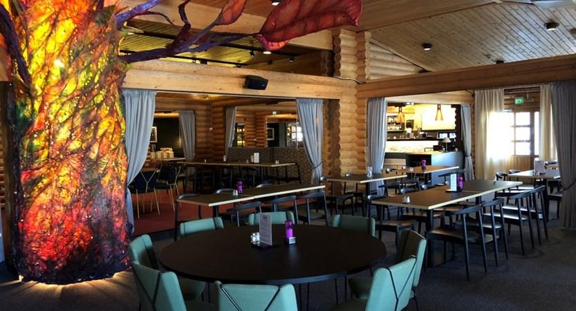 Ahku buffet restaurant2 – kopio.jpg