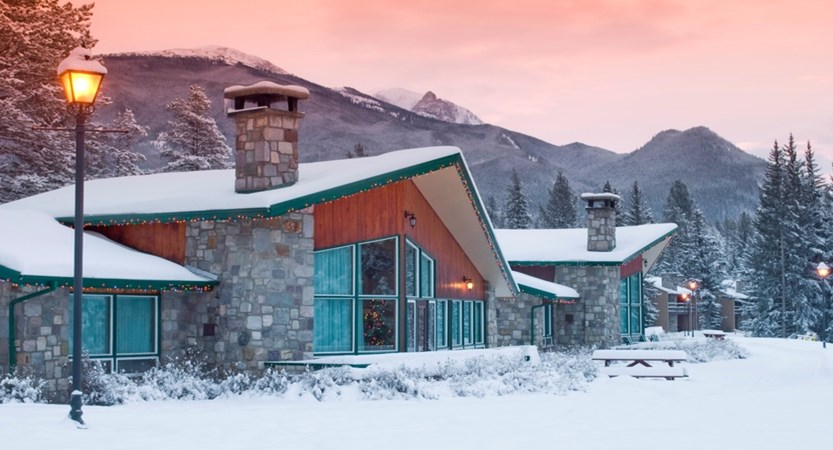 Jasper Park Lodge Winter Ext.jpg