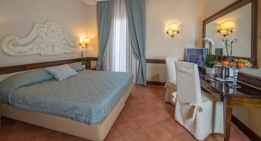 Hotel_Michelangelo_Room.jpg