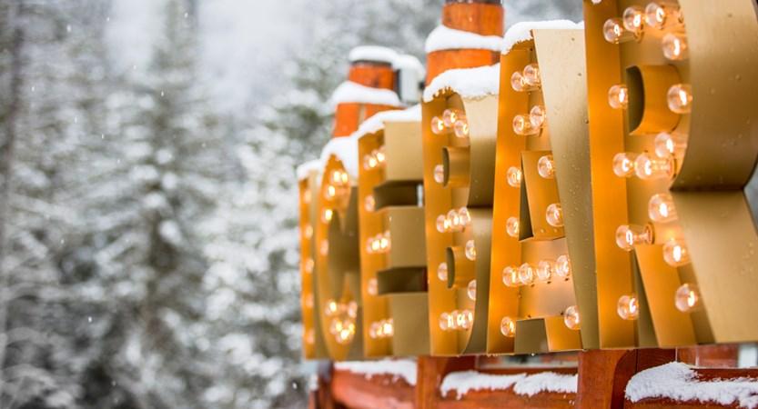 Lizard Creek Lodge & Condos ice bar (128).jpg