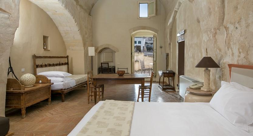 Locanda_di_San_Martino_Beds.jpg