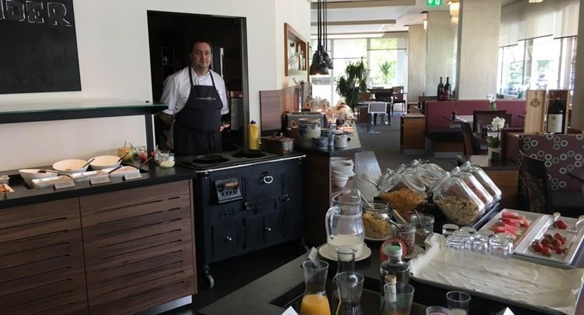 Hotel Alexander Weggis Breakfast Buffet