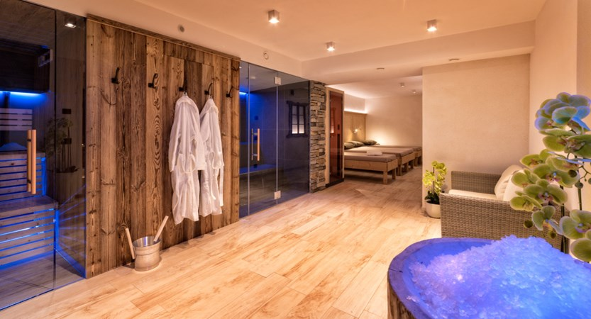 italy_dolomites_kronplatz_hotel-brunella_spa area.jpg