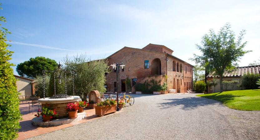 Montepulciano_Country_Resort_External.jpg