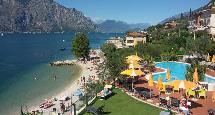 Hotel Prima Luna, Pool and Beach