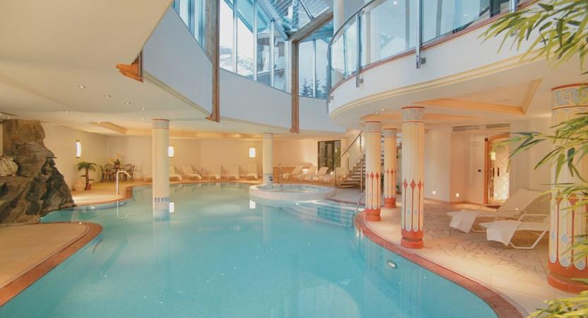 Col Alto Spa Indoor Pool.jpg